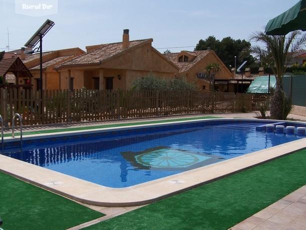 Casa rural complejo rural el viejo establo fortuna murcia for Complejo rural con piscina