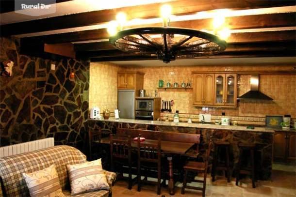 Casa rural el corralon de la atalaya atalaya la salamanca - Cocina casa rural ...