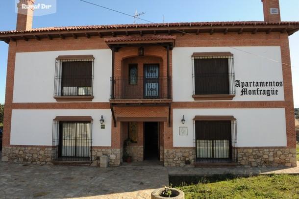 Casa rural apartamentos monfrag e torrej n el rubio c ceres - Casa rural monfrague ...