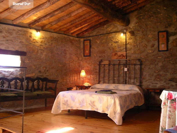 Dormitorio de la casa rural C. El Embalse