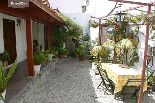 Casa rural la casa de abuelo gu a de isora santa cruz de - Patios rurales ...