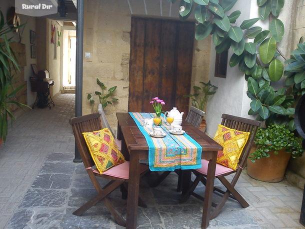 Casa rural apartamentos el patio andaluz jerez de la for Casas con piscina jerez de la frontera