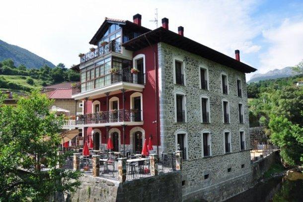 Casa rural la casa del puente soba cantabria - Casa rural puente viesgo ...